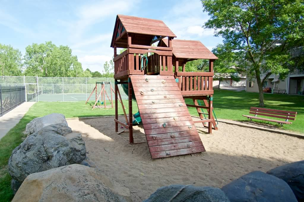 walnttrails_playground