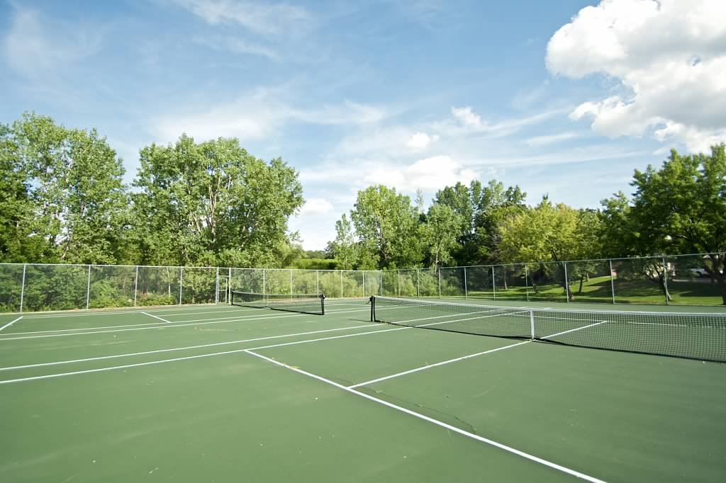 walnttrails_tenniscourts2